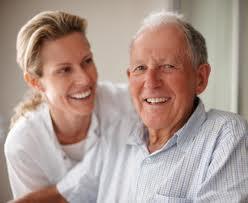 Cómo pagar los cuidados de los mayores