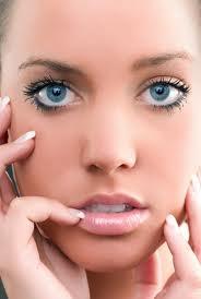 Maquillaje para resaltar los rasgos de tu rostro