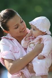 Cómo buscar a la niñera perfecta