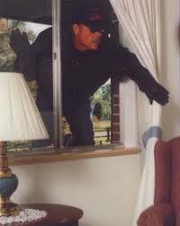 Cómo evitar los robos cuando se está fuera de casa