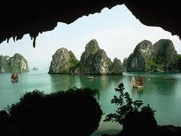Bahía de Ha-Long, una de las 7 maravillas naturales del mundo