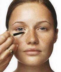 Correctores de ojeras y maquillaje