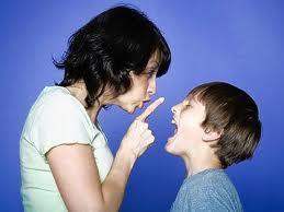 Cómo tratar a los adolescentes maleducados