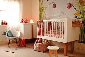 Cómo decorar la habitación del bebé con bajo presupuesto