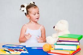 ¿Los niños deben hacer deberes en vacaciones?