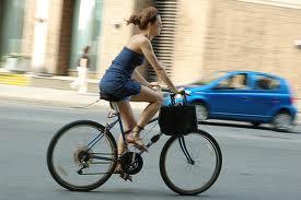 ¿La bicicleta reduce el placer sexual en la mujer?