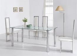 Muebles transparentes, la última tendencia en decoración