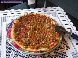 Lahmacun (pizza turca)