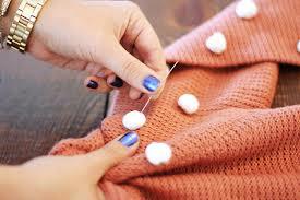 Cómo hacer faldas y jérseys con pompones