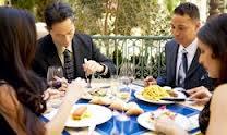Cómo elegir un restaurante para una comida de negocios