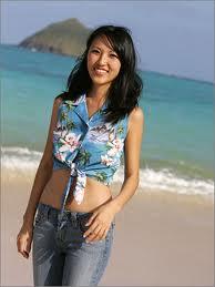 Cómo lucir camisas hawaianas