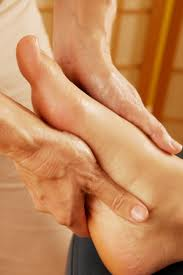 Cómo cuidar los pies de los hombres