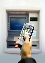 ¿Es seguro hacer operaciones bancarias con el celular?