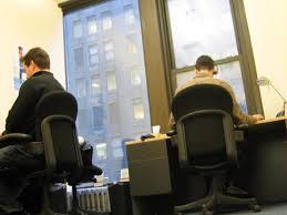 Cómo jugar en el trabajo sin que tu jefe se entere