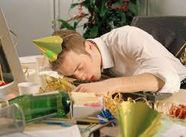 Cómo evitar la resaca en el trabajo