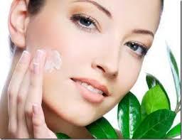 Cómo hacer una crema casera contra las manchas de la piel
