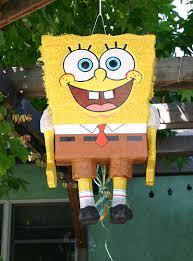Cómo hacer una piñata de Bob Esponja