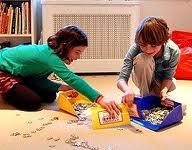 Cómo hacer que los niños recojan sus juguetes