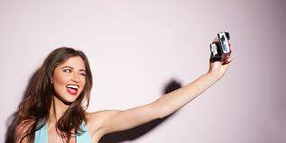 ¿Por qué nos sacamos selfies?