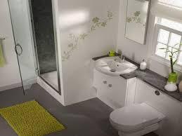 Tres consejos para decorar un baño muy pequeño