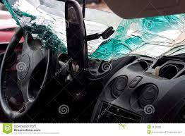 Cual es el lugar mas seguro si hay un accidente automovilistico?