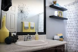 ¿Cómo decorar un baño pequeño?