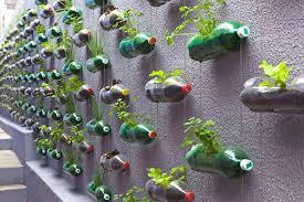 10 manualidades para hacer con botellas recicladas