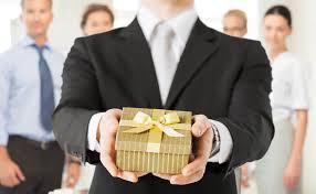 ¿Cómo saber que regalarle al jefe?