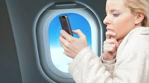 ¿Son peligrosos los celulares para los aviones comerciales?