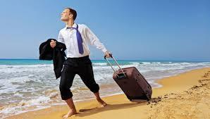 ¿Cómo consigue dinero un viajero?
