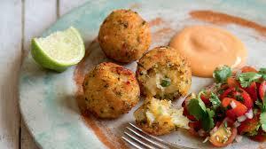 Albóndigas de pescado con salsa de mostaza