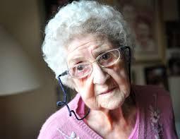 ¿Cómo prevenir delitos en personas mayores?