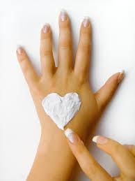 ¿Cómo suavizar las manos?