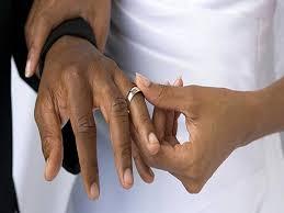 ¿Son los hombres casados más atractivos?