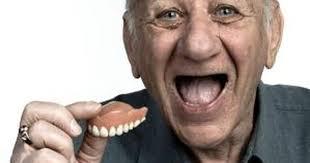 ¿Cómo limpiar la dentadura?