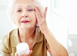 ¿Cómo cambia la piel con la edad?