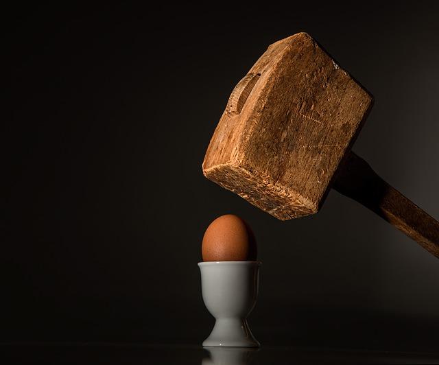 ¿Cómo saber si un huevo esta crudo o cocido?