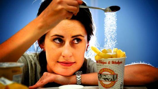 ¿Cómo hacer una dieta baja en sodio?