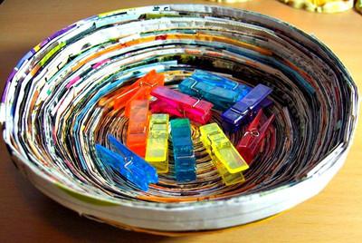 ¿Cómo reutilizar el papel periódico?