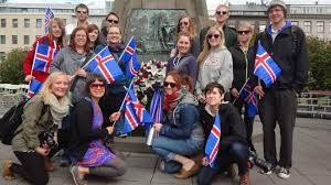 Como conocer Islandia por poco dinero?