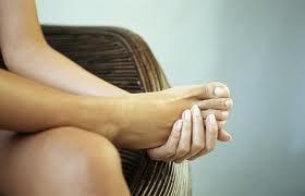 Ejercicios para aliviar el dolor en la planta del pie