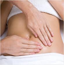 Como hacer masajes reductores del abdomen